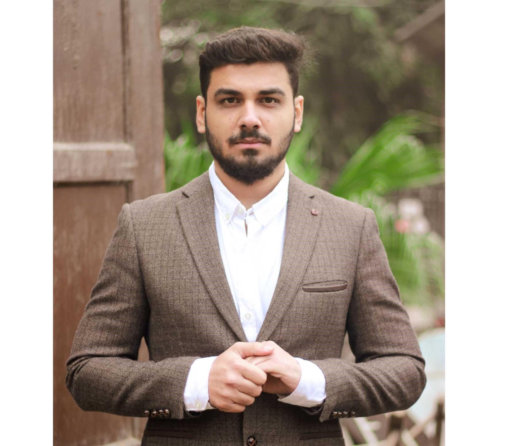 Qamar Hussain